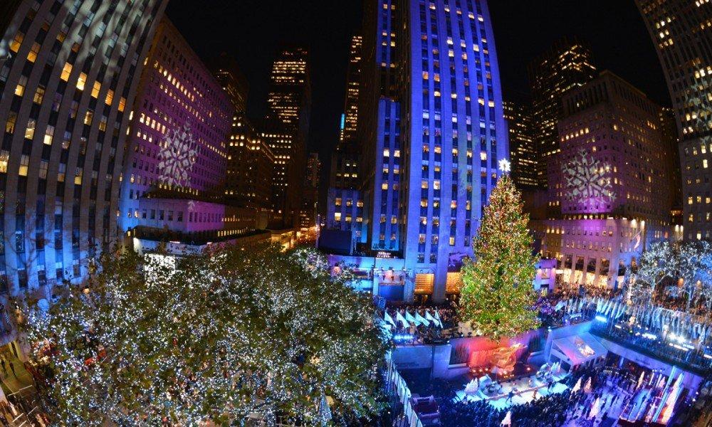 Natale a new york l 39 accensione dell 39 albero cecchini viaggi for Immagini new york a natale